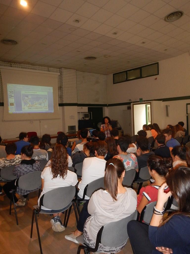 Studenti del Liceo Orsini di Ascoli Piceno durante la presentazione del progetto FABulous ANTarctica