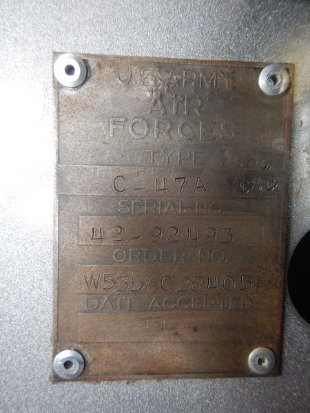 Targhetta del Basler dove si può leggere l'anno di costruzione:1942! Copyright PNRA.