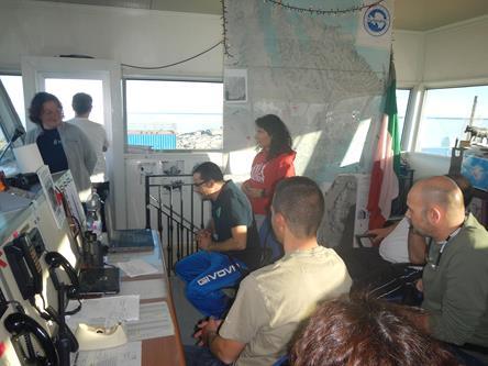 In sala operativa per il videocollegamento con Petilia Policastro. Copyright  PNRA.